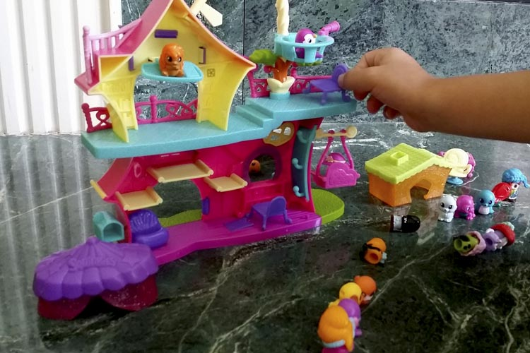 squinkies-do-drops-clubhouse-promotes-interactive-play