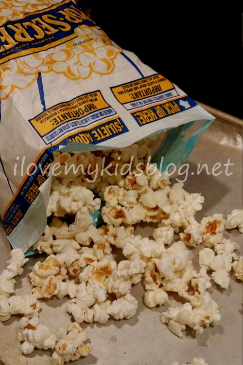 chocolate-drizzled-popcorn-begins-with-a-single-popped-bag-of-microwave-kettle-corn