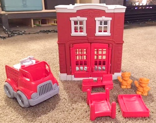 fire-station-playset-included