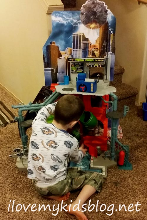 tmnt-city-sewer-lair-playset-being-played-with