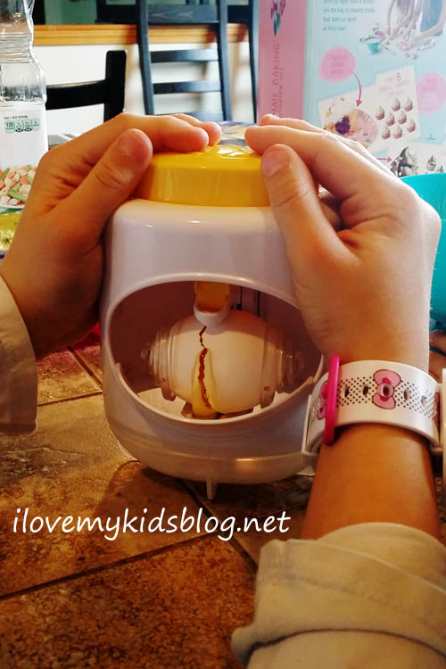Real Cooking Ultimate Baking Starter Set Egg Cracking Tool