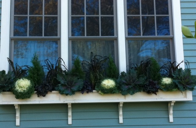 Fleuri Designs, holiday decorations, window boxes, container gardens, seasonal decorating, wreaths