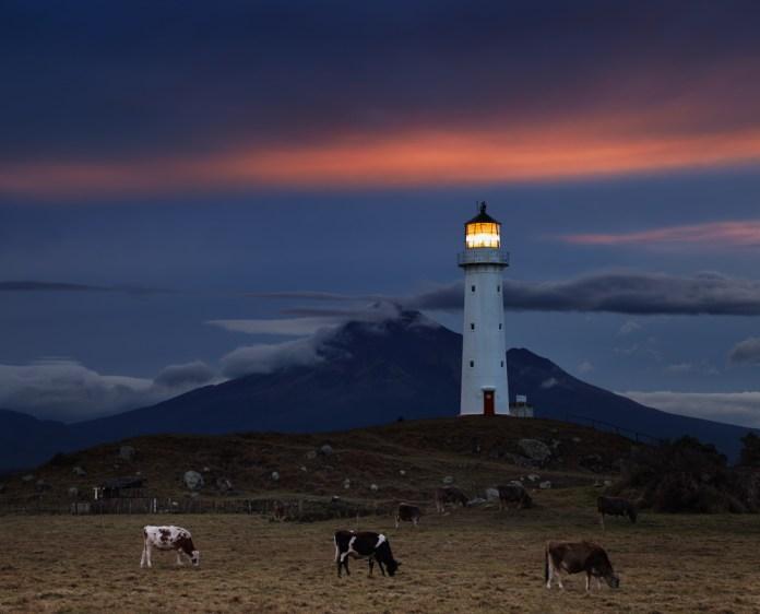 cape-egmont-lighthouse