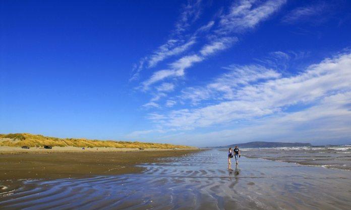 oreti-beach-southland