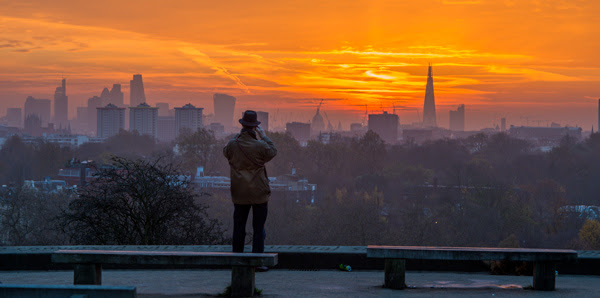PRIMROSE HILL SUNRISE BY LARS CHRISTIANSEN