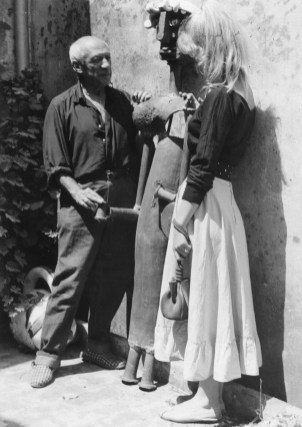 Picasso with Sylvette, photo by Tobias Jellinek