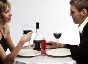 Who Should Pay The Bill On Your First Date