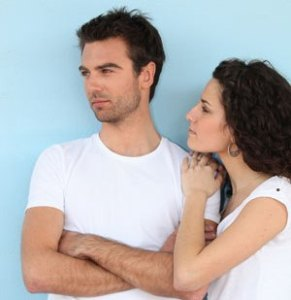 Signs of Overprotective and Domineering Boyfriend