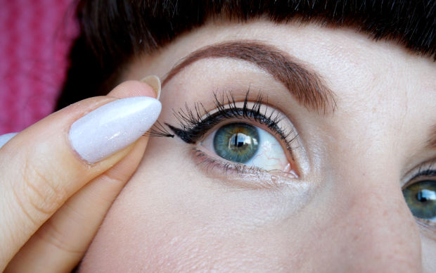 false lashes 1