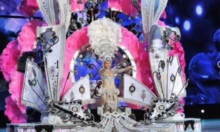 Espectacular traje de Alexis Santana en la Gala de la Reina del Carnaval de Santa Cruz de Tenerife 2014