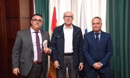 Santa Úrsula firma un convenio con CajaSiete para la promoción de la Salud en el Instituto