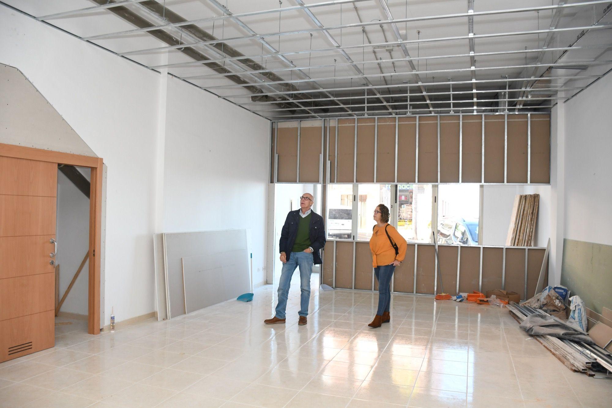 Visita a la nueva sala de estudio