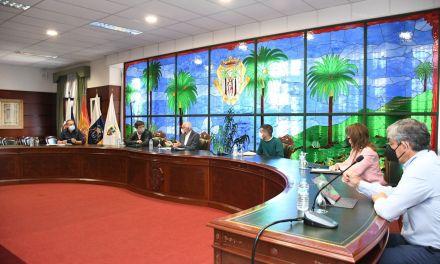 CABILDO Y AYUNTAMIENTO DE SANTA ÚRSULA TRABAJAN EN LA RECUPERACIÓN DEL CINE-TEATRO