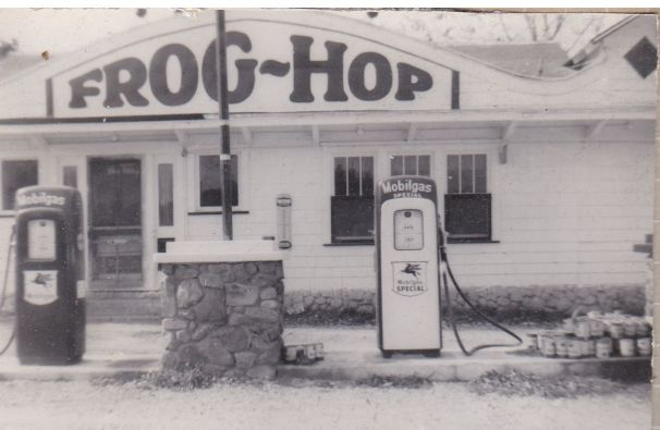 Frog Hop Gas Station St. Joseph Mo