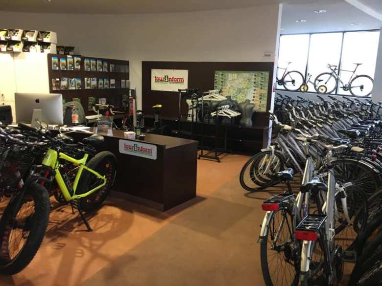 kerékpáros centrum tiszafüred biciklik
