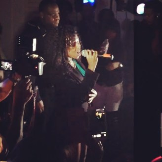 Deja Bryson sings with K. Michelle