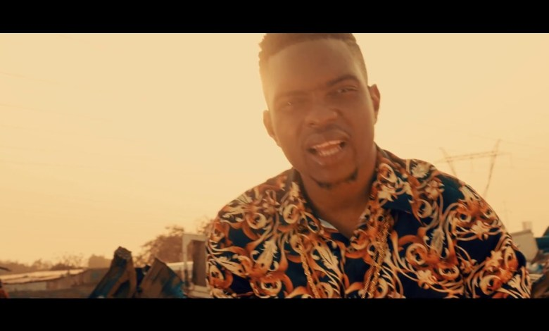 "Photo of Video: Bobby East – ""Versace Shirt"" ft. Nez Long"
