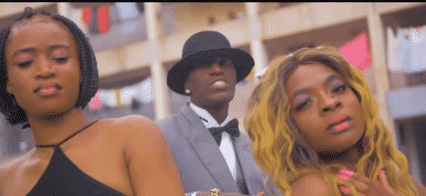 Photo of VIDEO: Mubby Roux ft. Dizmo, Black – Mpaka Nikachoke