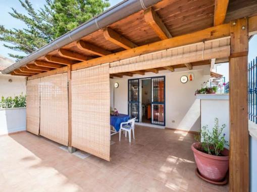 House near Montalbano (12)