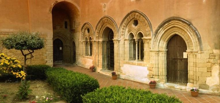 Il monastero di Santo Spirito è un complesso architettonico e monumentale di origine medievale situato nel comune di Agrigento, esattamente nel cuore del centro urbano-storico della città