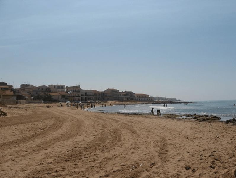villaggio azzurro di casuzze spiaggia