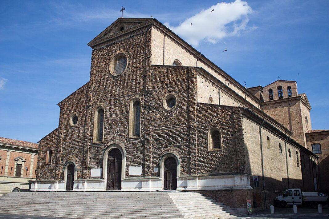 Cattedrale_di_San_Pietro_Apostolo