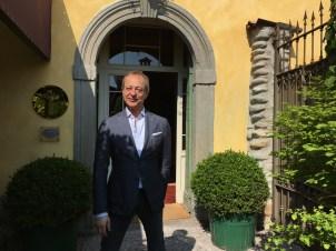 The maitre d' at Osteria della Brughiera