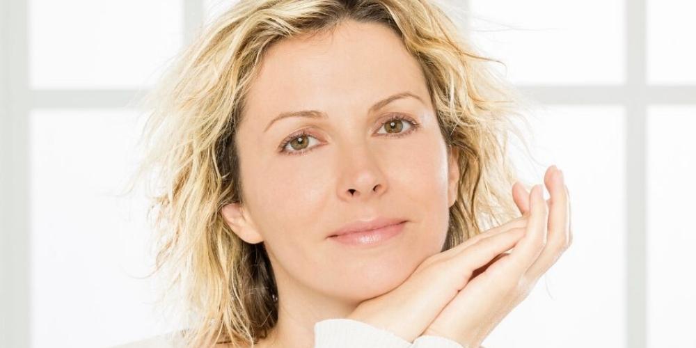 La pelle dopo i 40 anni: cosa cambia e come seguirla