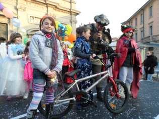 Carnevale 13 sfilata mascherine (3)