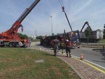 11052015 camion ribaltato origgio (30)