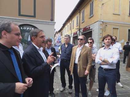 17052015 la russa a Saronno per candidato Ale Fagioli (6)