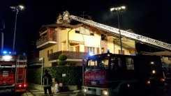 10012017 incendio lonate ceppino vigili del fuoco saronno (5)