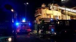10012017 incendio lonate ceppino vigili del fuoco saronno (8)