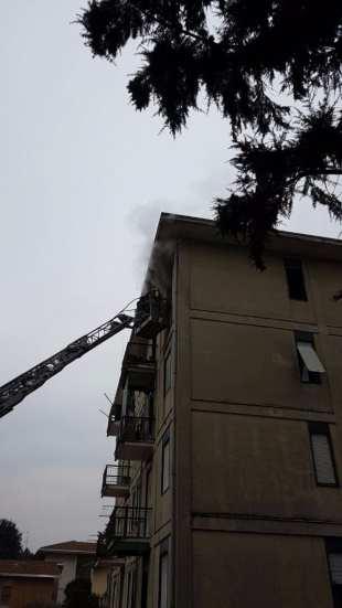 case popolari via miola incendio 10012017 (4)