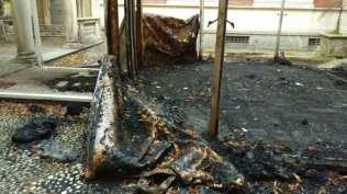 20170922 villa gianetti gazebo bruciato retro (7)