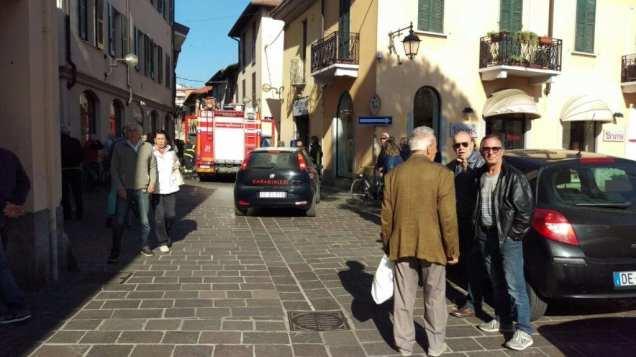 20171010 pompieri e carabinieri via san cristoforo (5)