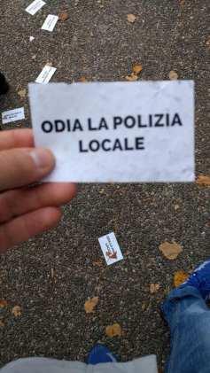 20171012 polizia locale telos volantini (1)