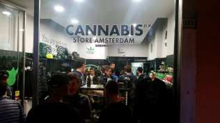 20171022 wze saronno cannabis store amsterdam (2)