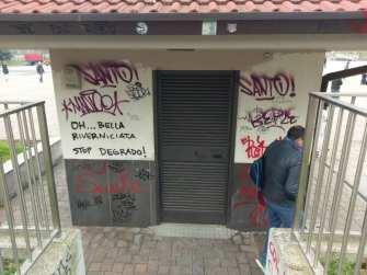 20180222 casetta acqua vandali (2)