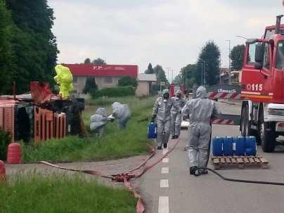 20180509 eribaltamento camion varesina pompieri vigili del fuoco nbcr (3)