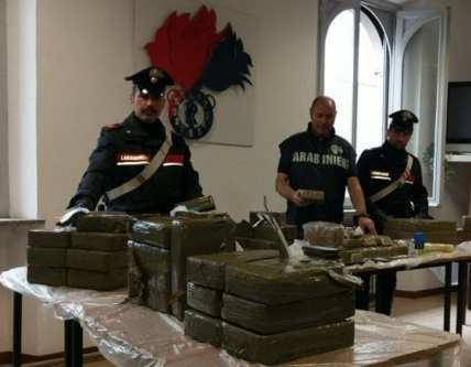 20180522 venegono superiore maxi sequestro hashish (1)