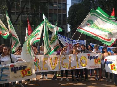 manifestazione iperdì pirellone milano 13092018 (3)