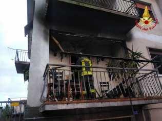 incendio castelseprio 09112018 vigili del fuoco pompieri (2)