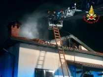 incendio tradate pompieri saronno 16122018 (3)