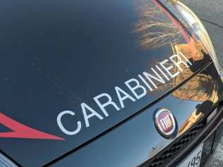20190110 carabinieri barricato in casa saronno (1)