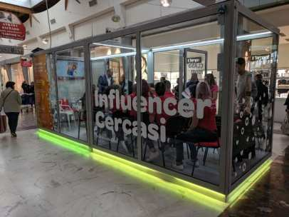 20190511 influencer cercasi centro commerciale carrefour limbiate (8)