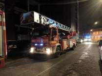 20190527 pompieri autoscala nottevigili del fuoco via Leopardi (2)