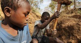 bambini in Tanzania