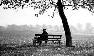 Anziano solo