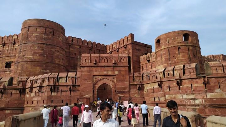 L'entrée du Fort Rouge d'Agra